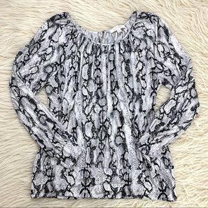 Ellen Tracy snakeskin print blouse top long sleeve